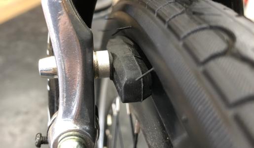 【輪識】タイヤのヒゲ